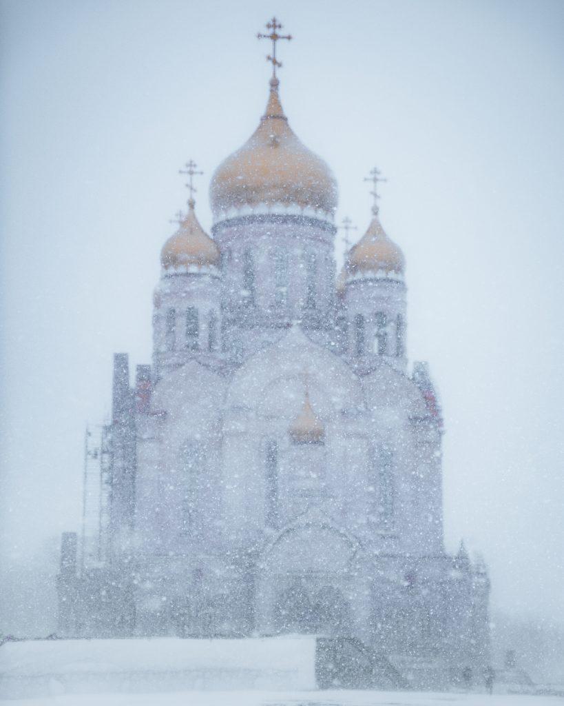 Vladivostok cathedral in the snow